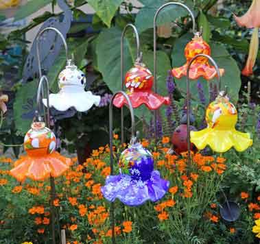 Glas Blume hängend 12 cm mundgeblasen mit Stab (12904)